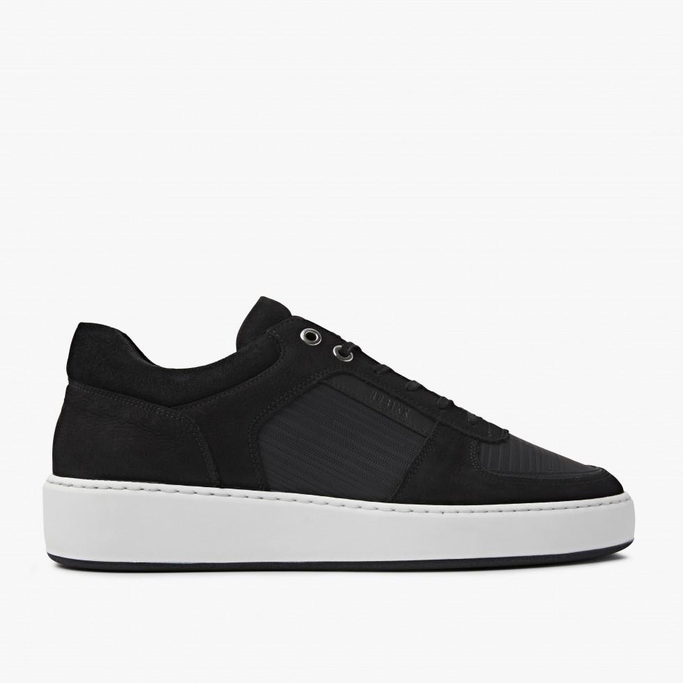 Jiro Lima | Black Sneakers