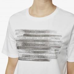 Lisa Tape | White T-shirt