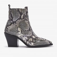 Romee Cura | Green Snake Ankle Boots