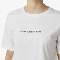 Lisa GPS | White T-Shirt