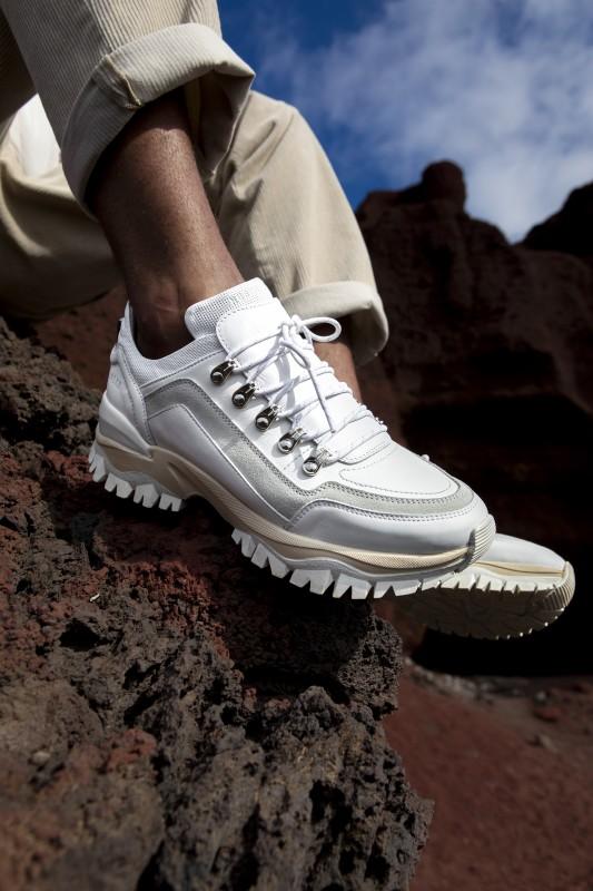 media/image/targa-mena-white-leather-1.jpg