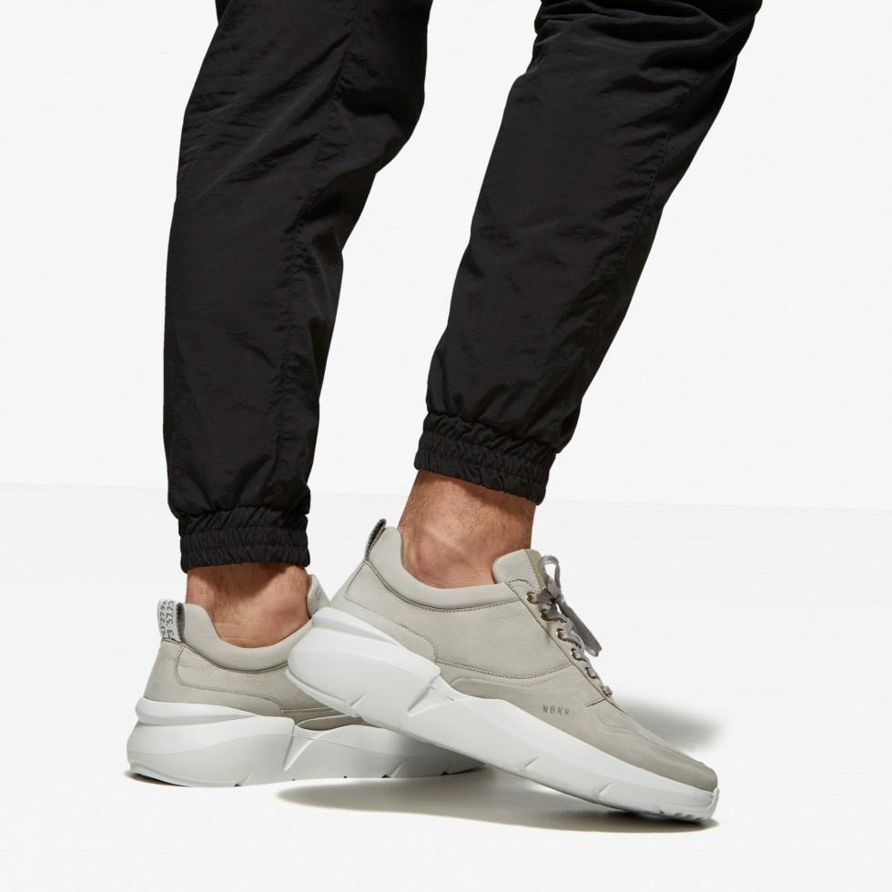 Grey Sneakers Elven Tanuki Gold Nubikk