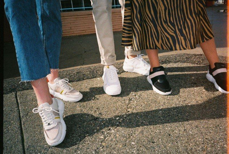 media/image/NUBIKKSS19-LA-Analog-Lucy-Fringe-Elven-Boulder-Lucy-Strap-2.jpg