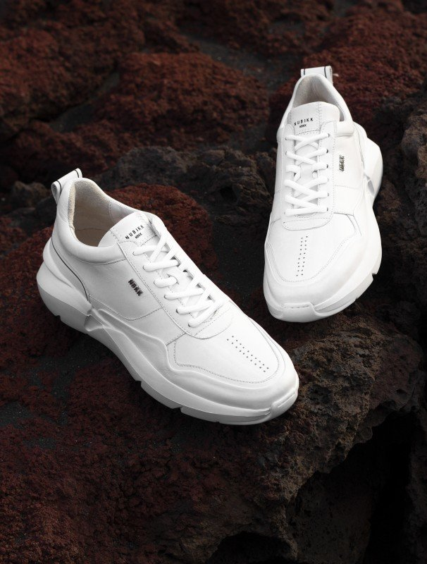 media/image/Elven-Nagare-White-Leather-Solo-LOOKBOOK.jpg