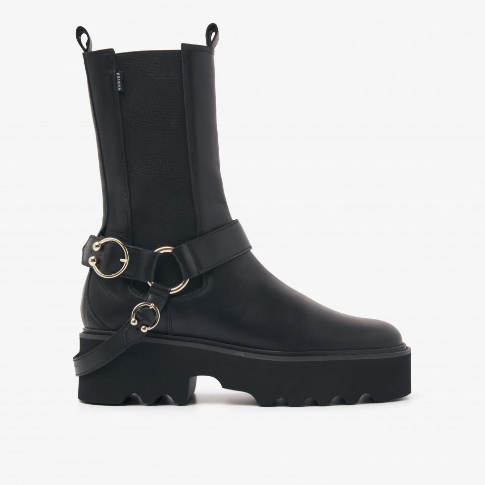 Nubikk Fara Isa Zwarte Chelsea boots