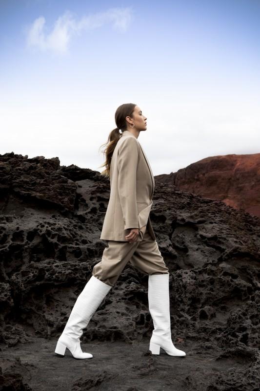 media/image/Gigi-Melba-White-Leather.jpg