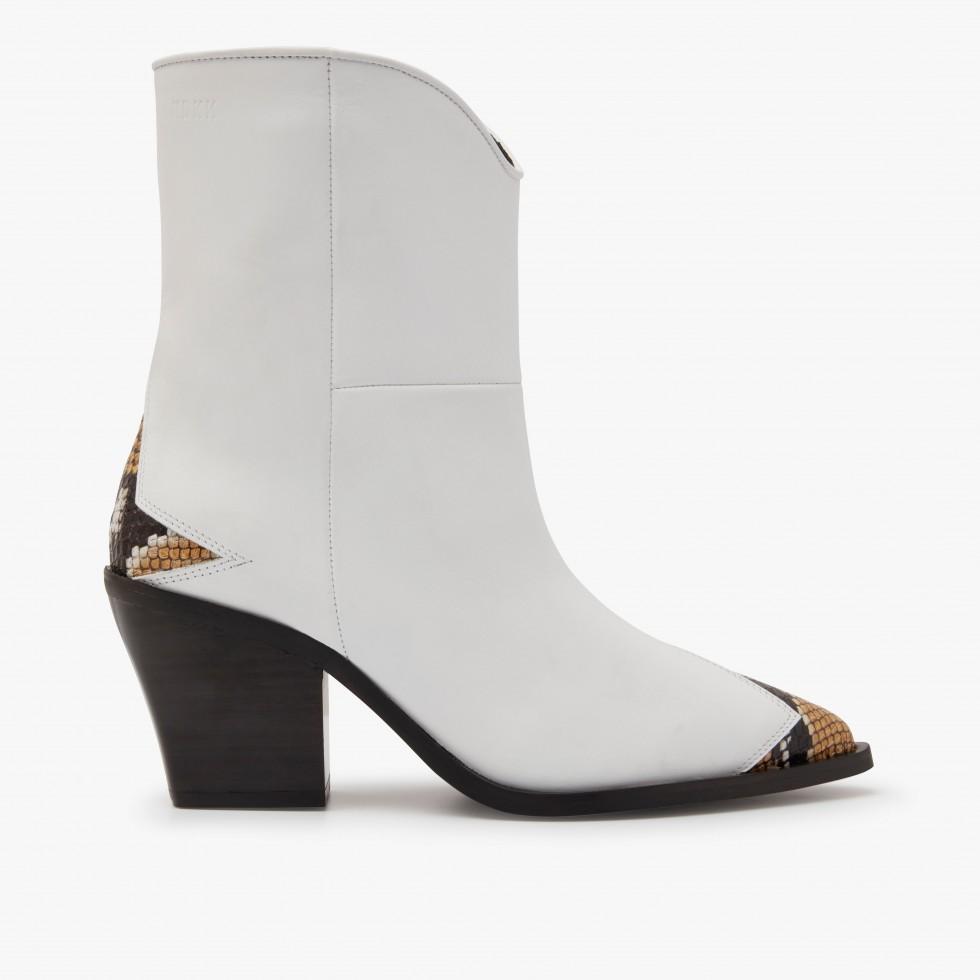 Nubikk Romee YZLS White Boots